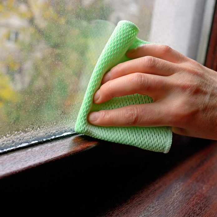 17oct88_513937816_06 cleaning windows window sills dusting