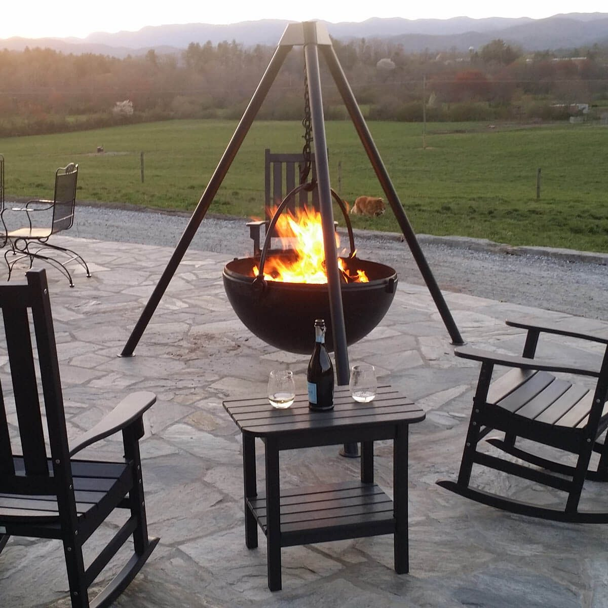 12 great backyard fire pit ideas family handyman - Small backyard fire pit ideas ...
