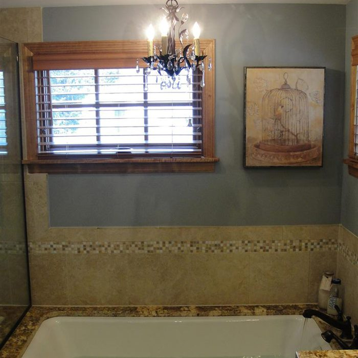 Liberace's guest bath