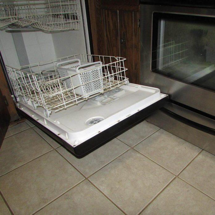 Dueling appliance doors