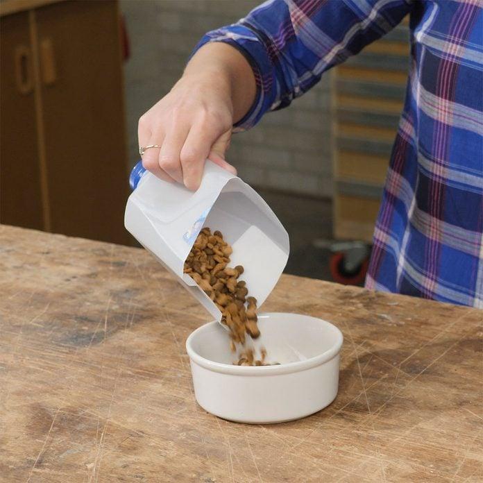 milk jug scoop for pet foot