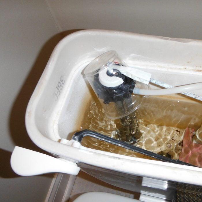 Leaking fill valve repair