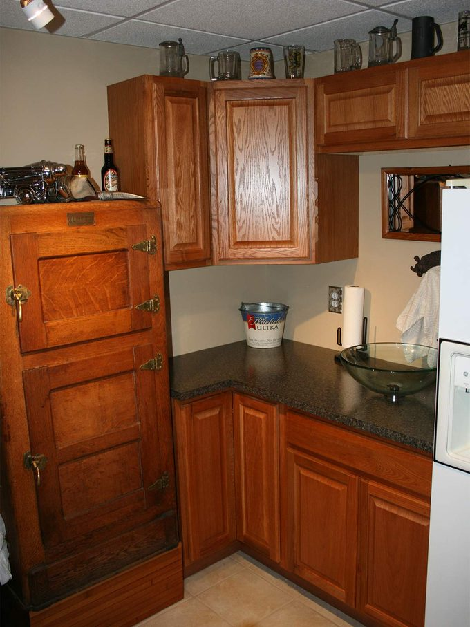 home bar cabinetry