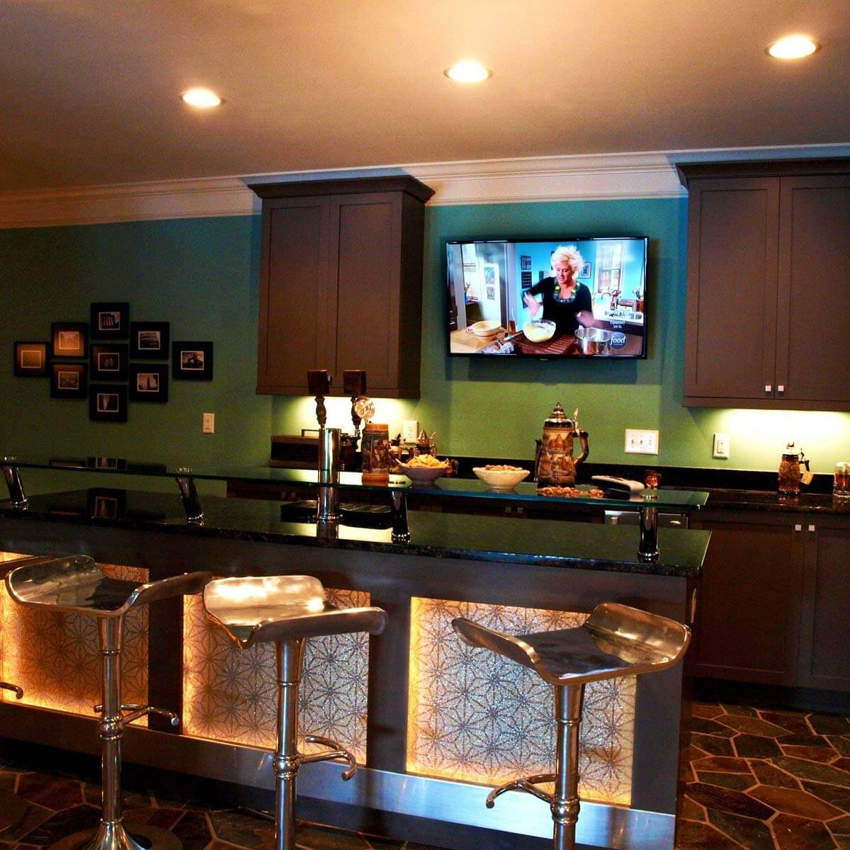 Luxury Man Cave Game Room Bar With Images: 15 Awesome Man Cave Spaces For Watching The Big Game