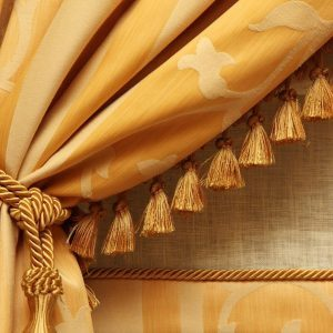 dfh17jul034_140283853_01 heavy fringed curtains home look dated