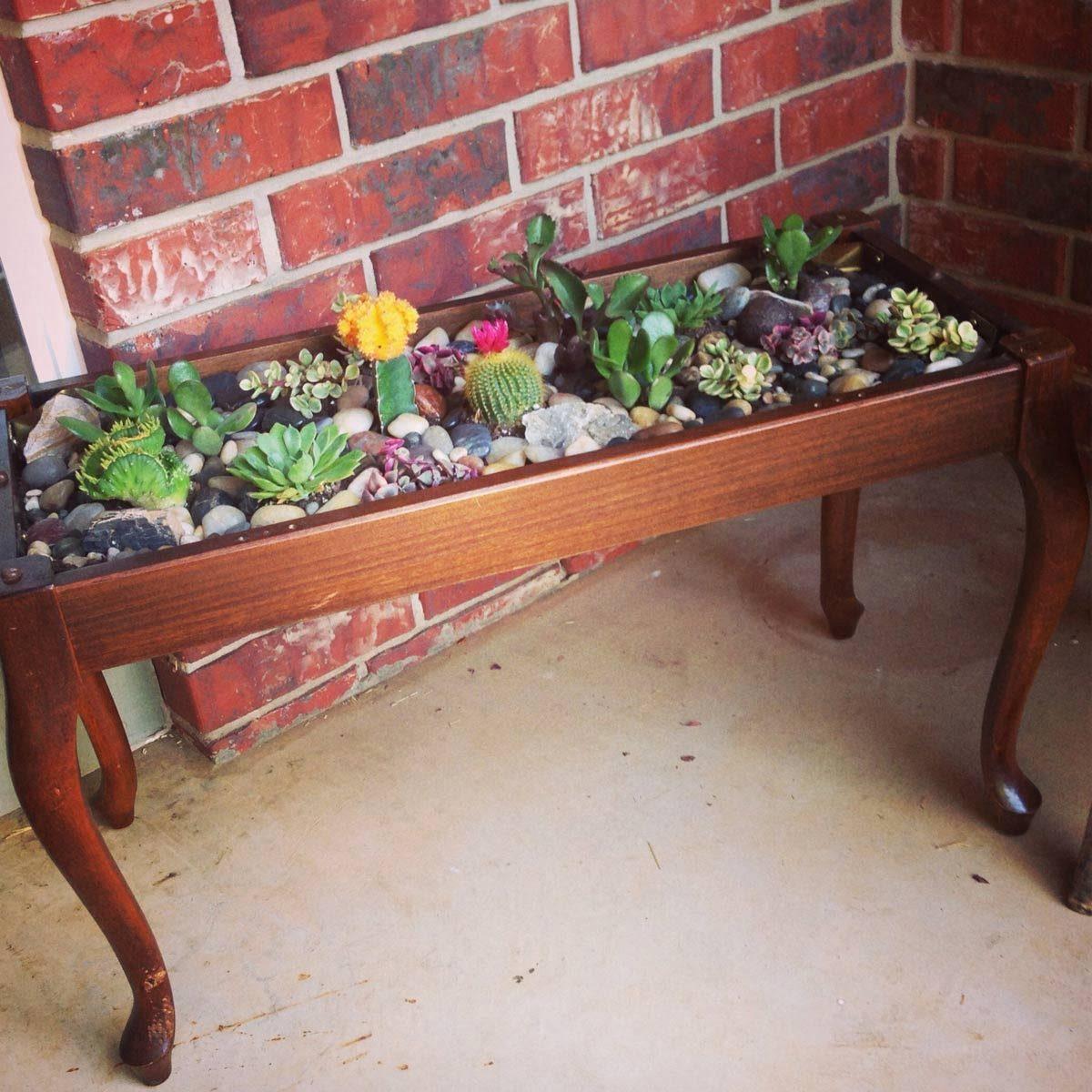 Piano Bench Garden