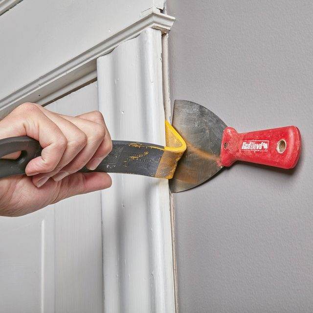 Protect the Wall with a Putty Knife
