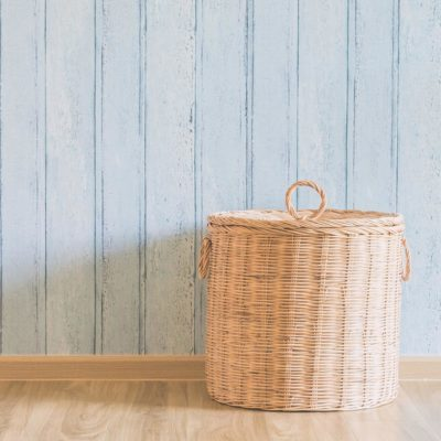 shutterstock_310629443 laundry basket mudroom organization
