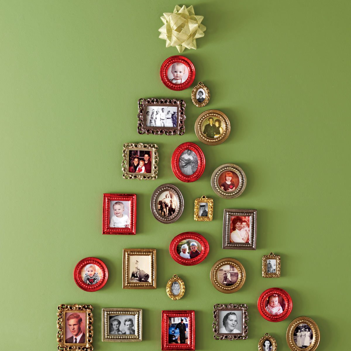 100 Incredible Christmas Tree Decorating Ideas | Family Handyman
