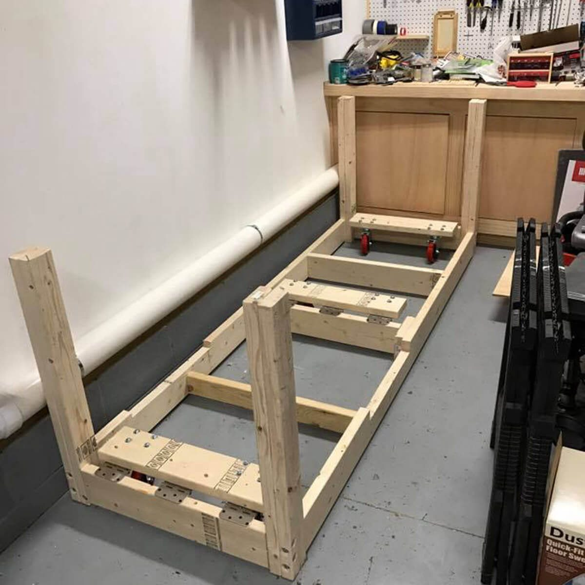 workbench base with casters