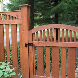 Arched top fence