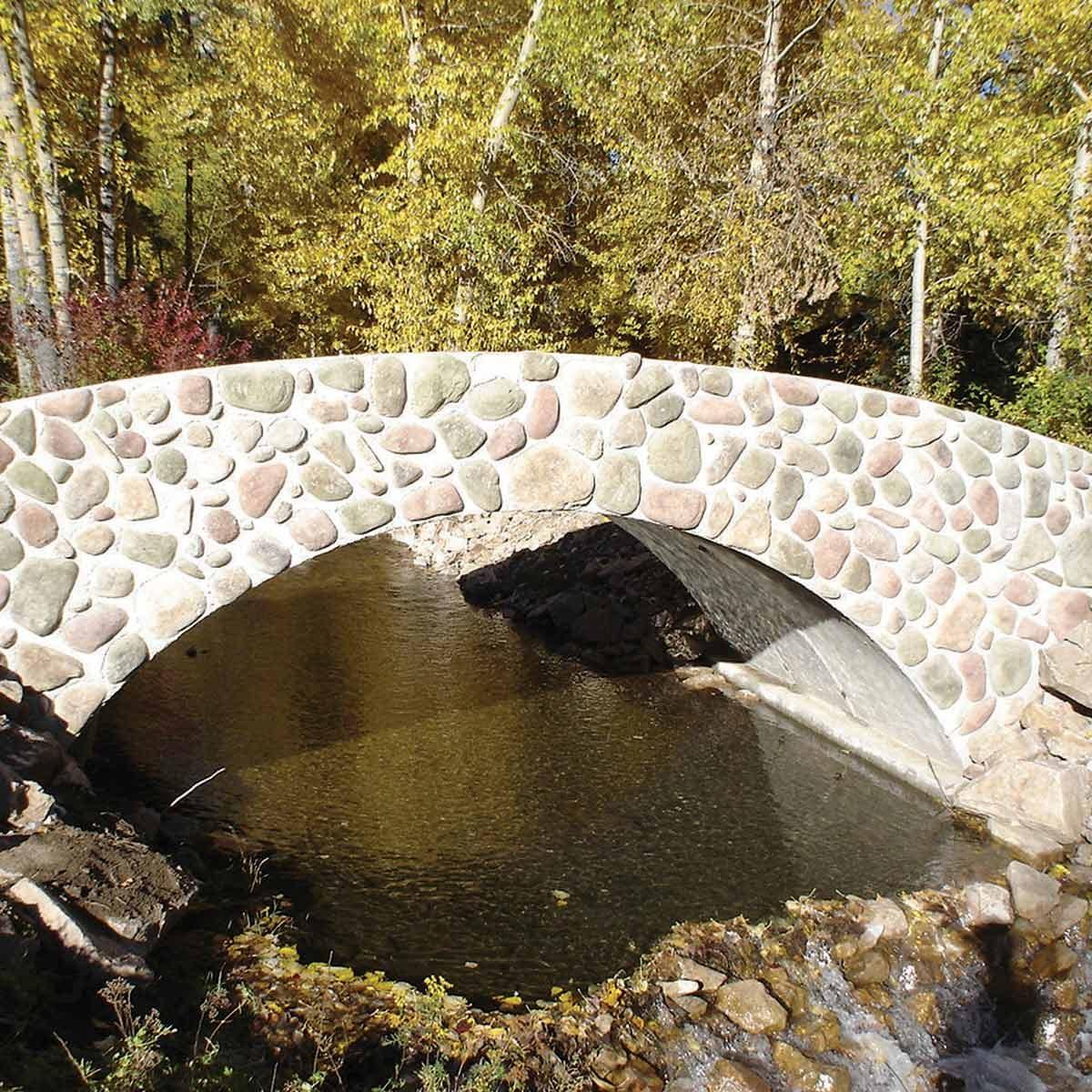 cast concrete bridge