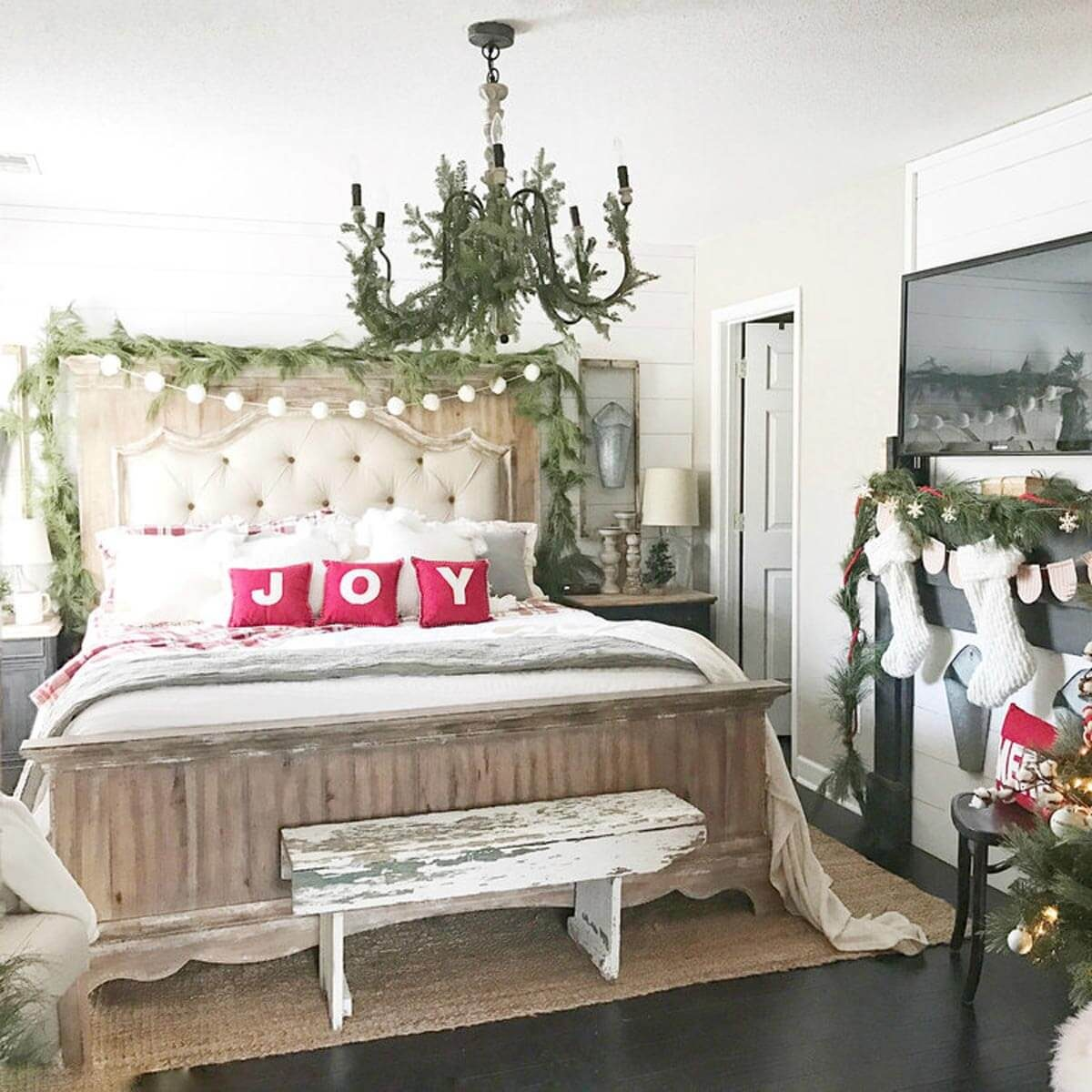 Holiday Decorating Ideas For Every Room In