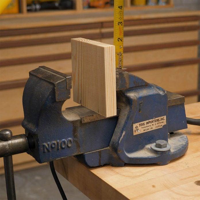 measuring wood blocks for mechanics vise