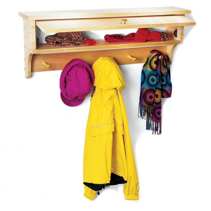 Make This Coat and Mitten Rack