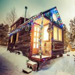 50 Tiny Homes Dressed up for the Holidays
