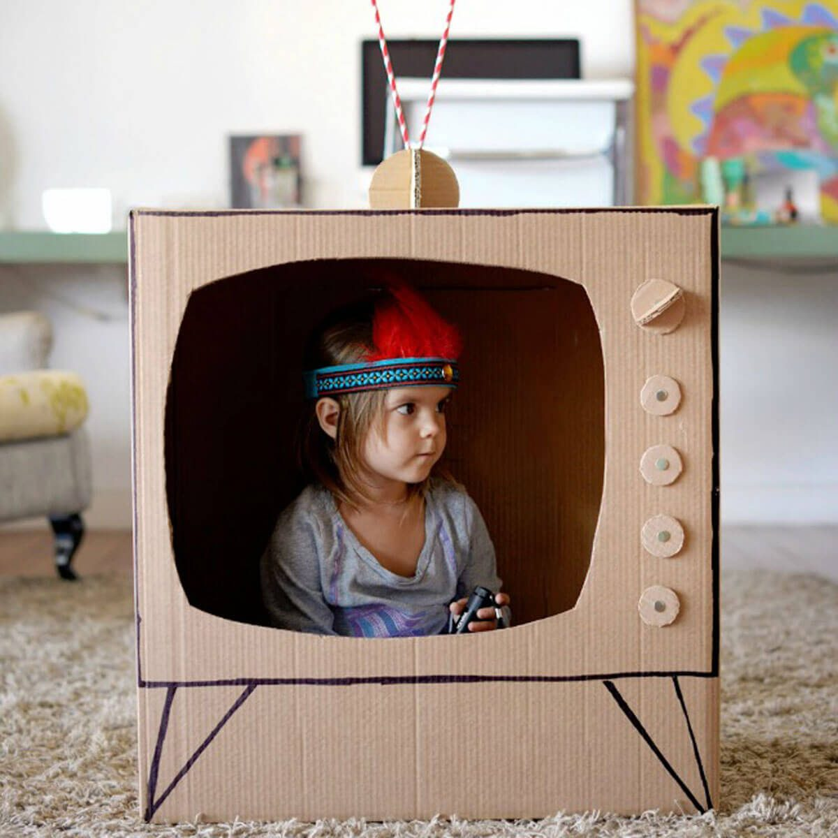 Как сделать телевизор из под коробки 302