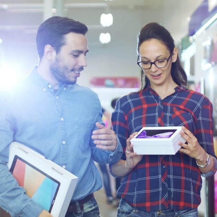 compareshop_723298897 buying electronics