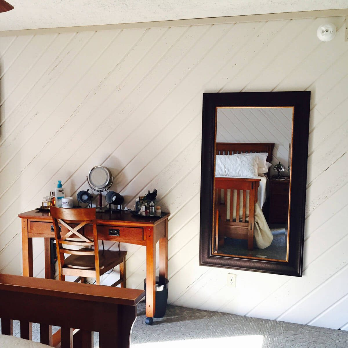 Diagonal Shiplap Wall