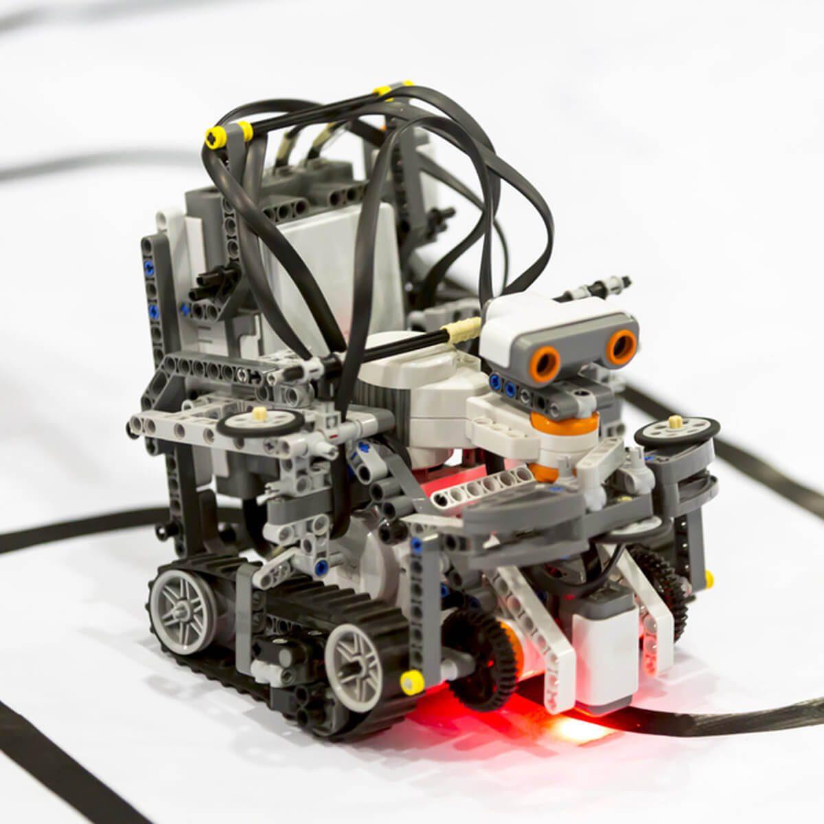Lego Robots that Work