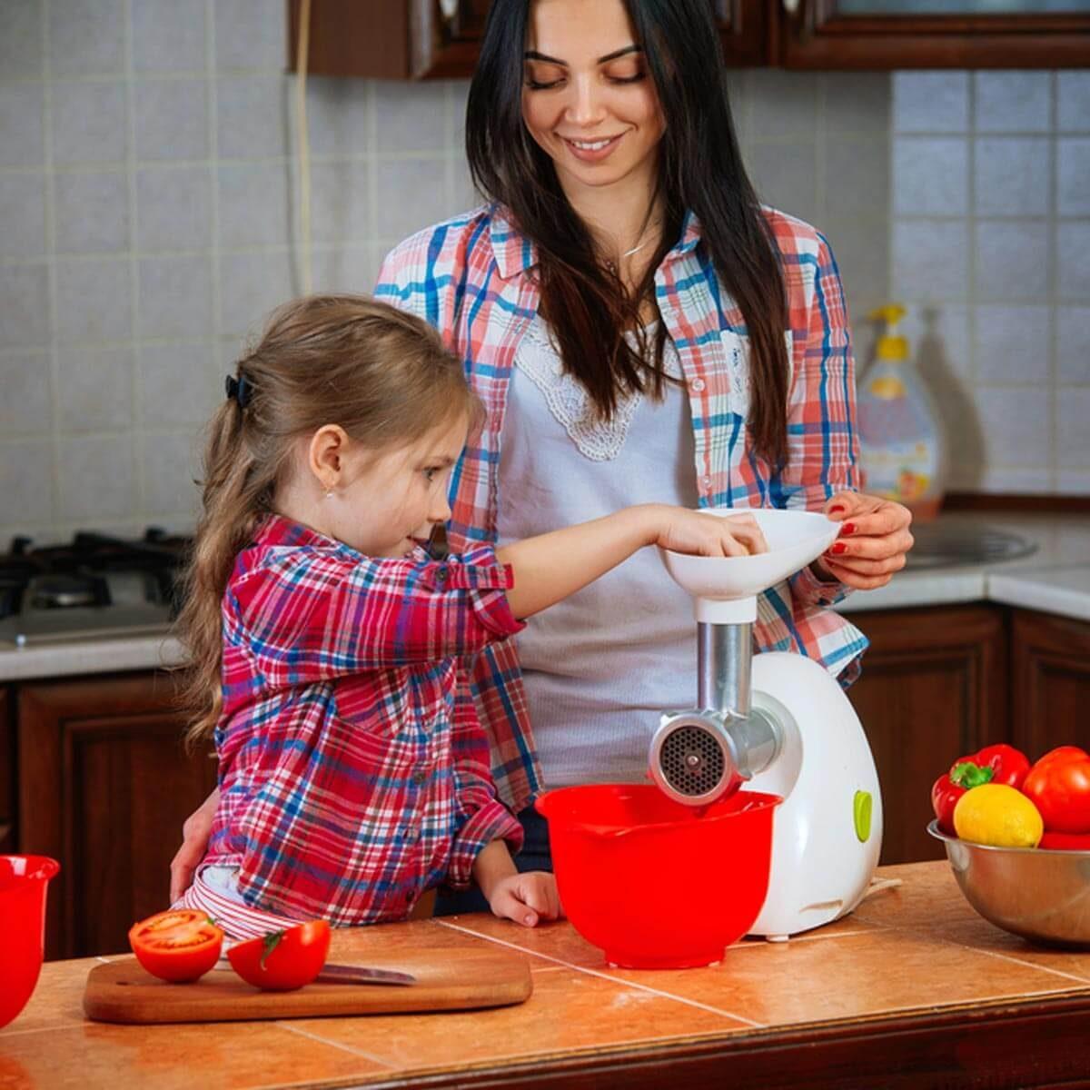 Child-Sized Bakeware