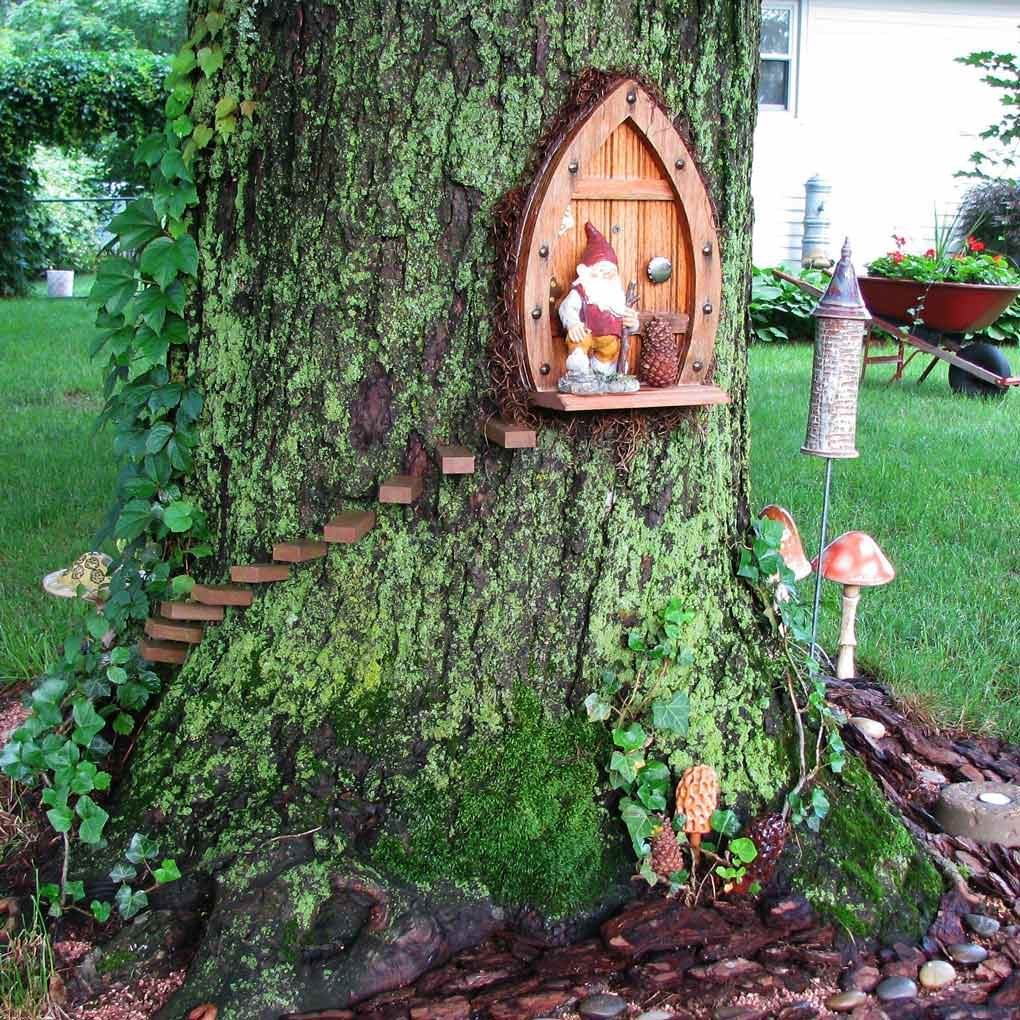 Gnome In Garden: 15 Breathtaking DIY Fairy Gardens