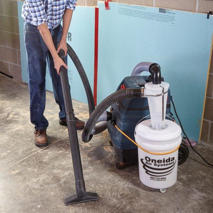 Dust deputy dust catcher attached to a shop vac | Construction Pro Tips