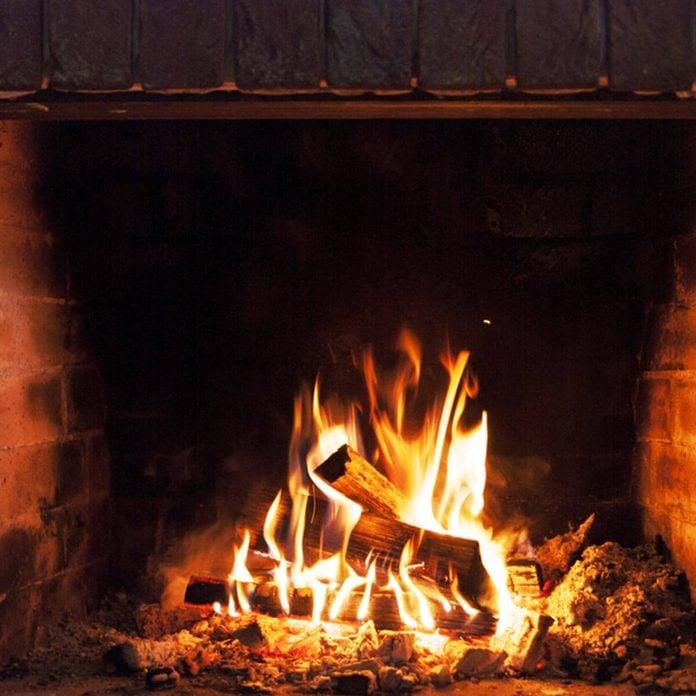 wood burning fireplace _357233423_08