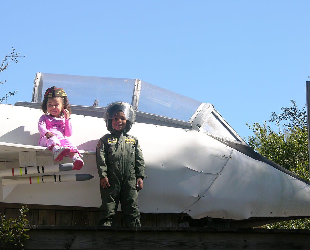 adorable jet pilot by f-14 play set