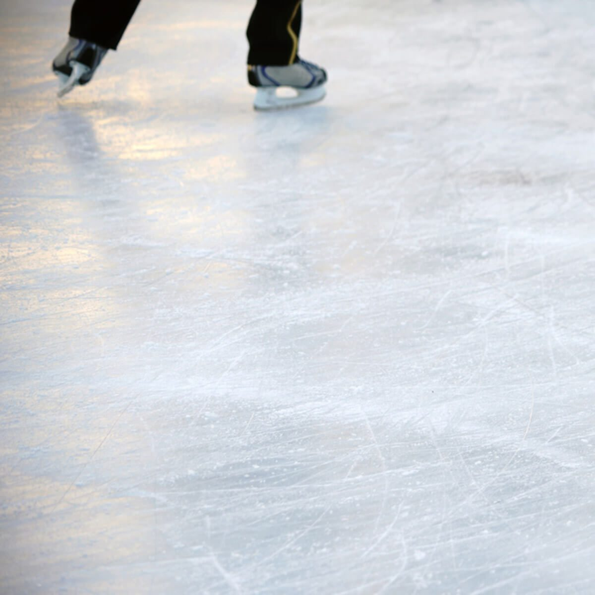 12 tips for your backyard ice rink the family handyman the right temperature solutioingenieria Images