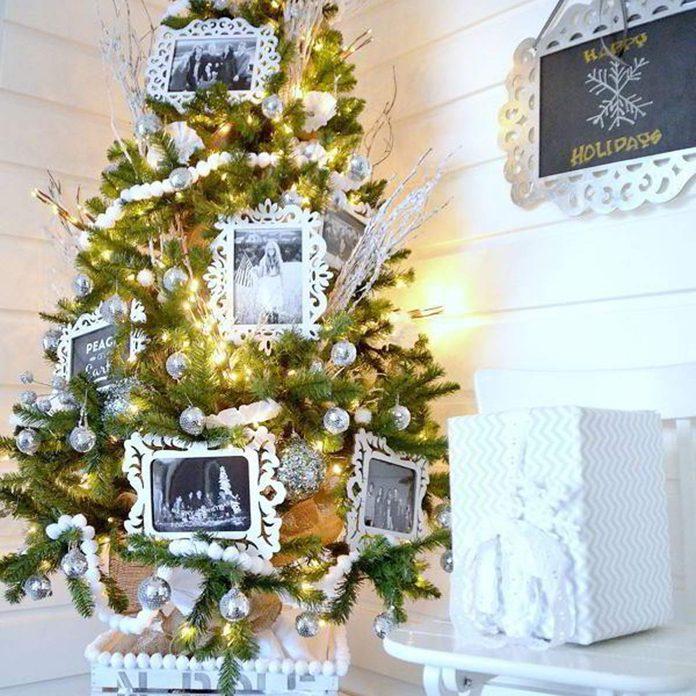 Winter White Family Photo Christmas Tree