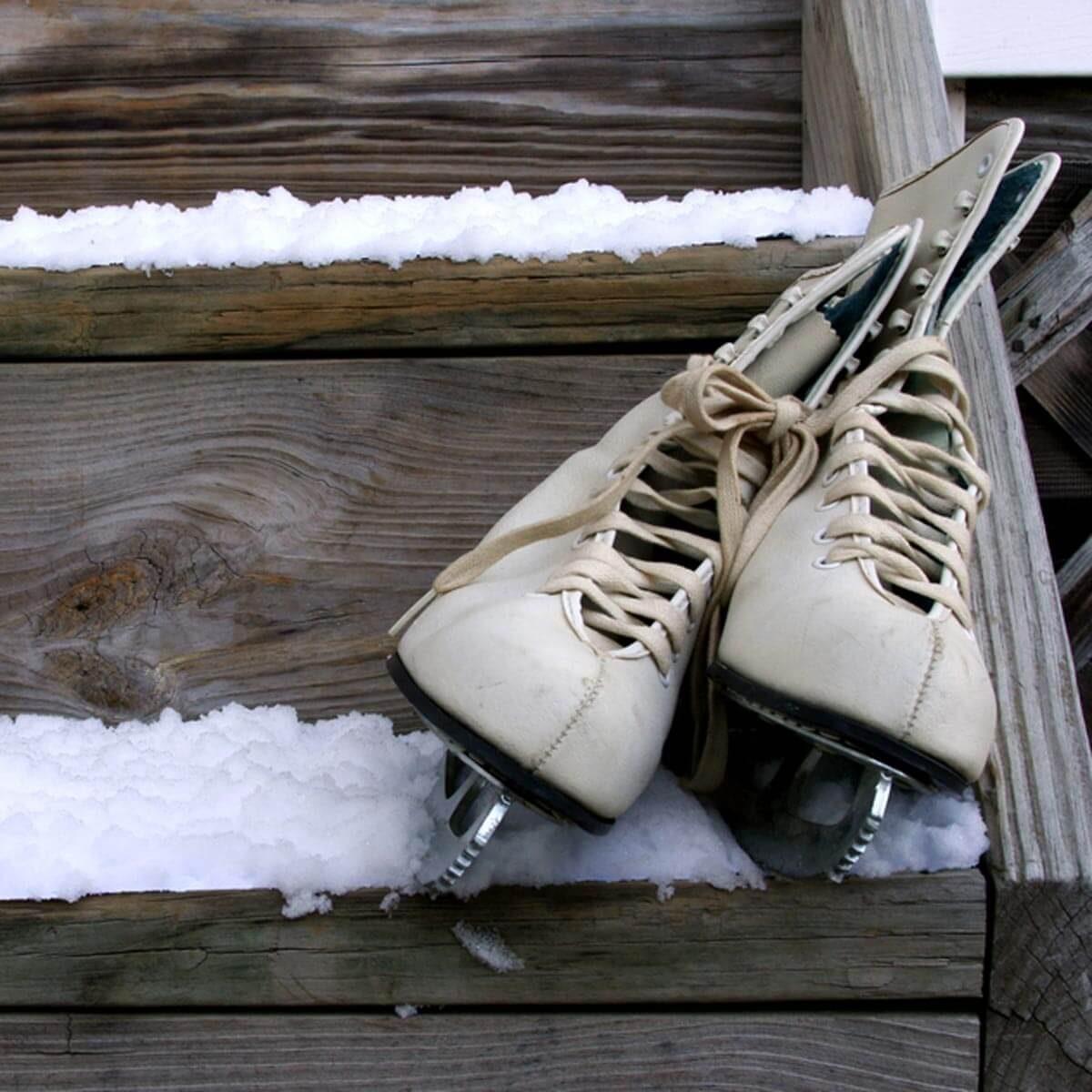 Backyard Rink Lighting: 12 Tips For Your Backyard Ice Rink