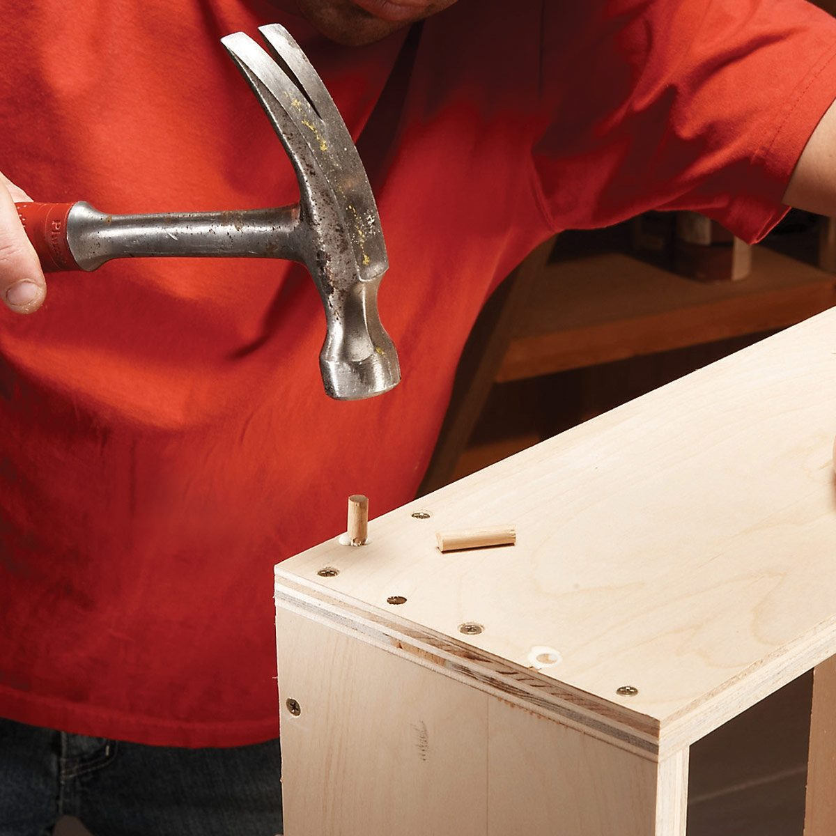FH07OCT_482_56_011 dowel assemble the cabinet