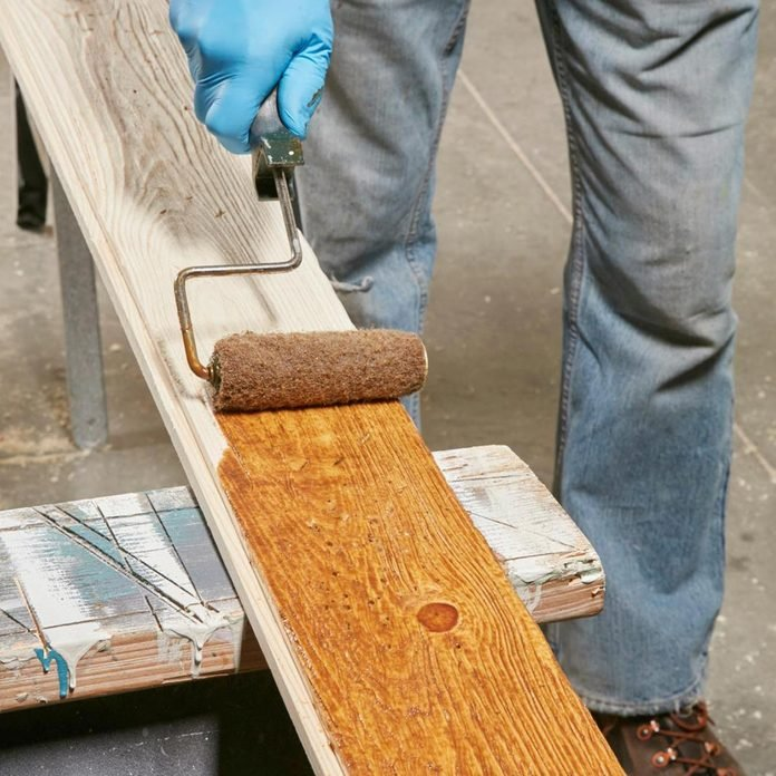 FH17JUN_579_50_018_preview_v2 stain the barn wood