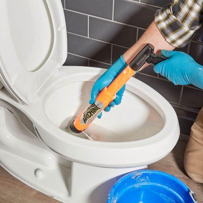 squirt gun toilet drainer
