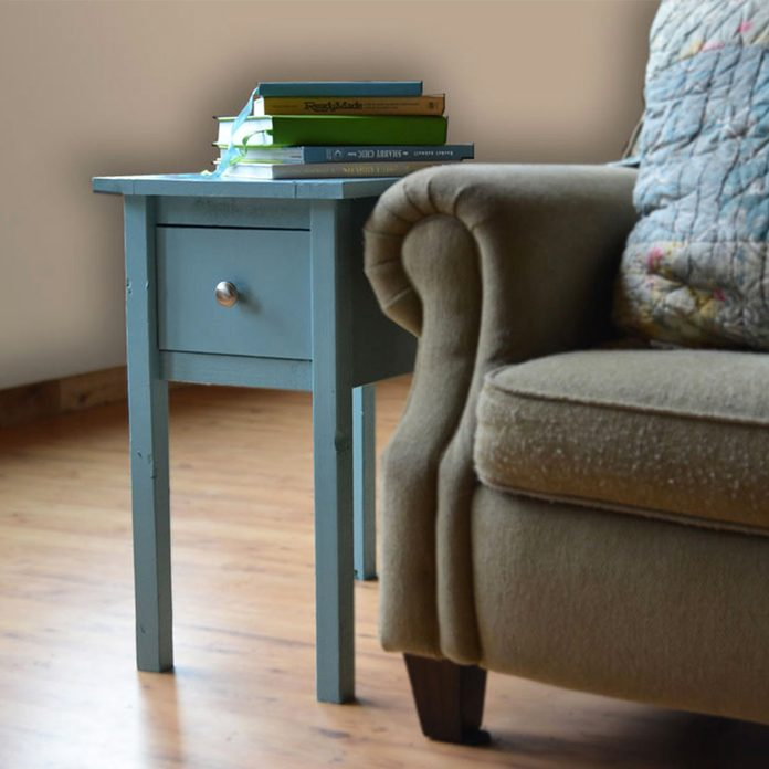 cottage-end-table-2_1