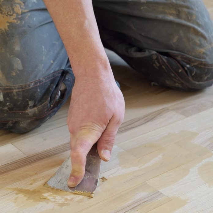 dfh8_shutterstock_374356465 wood filler scratches gouges