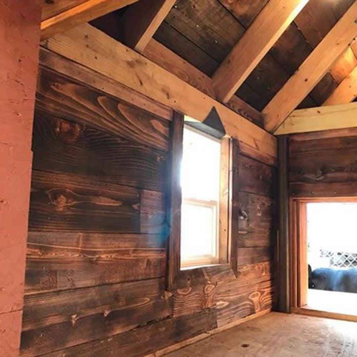 dog house interior