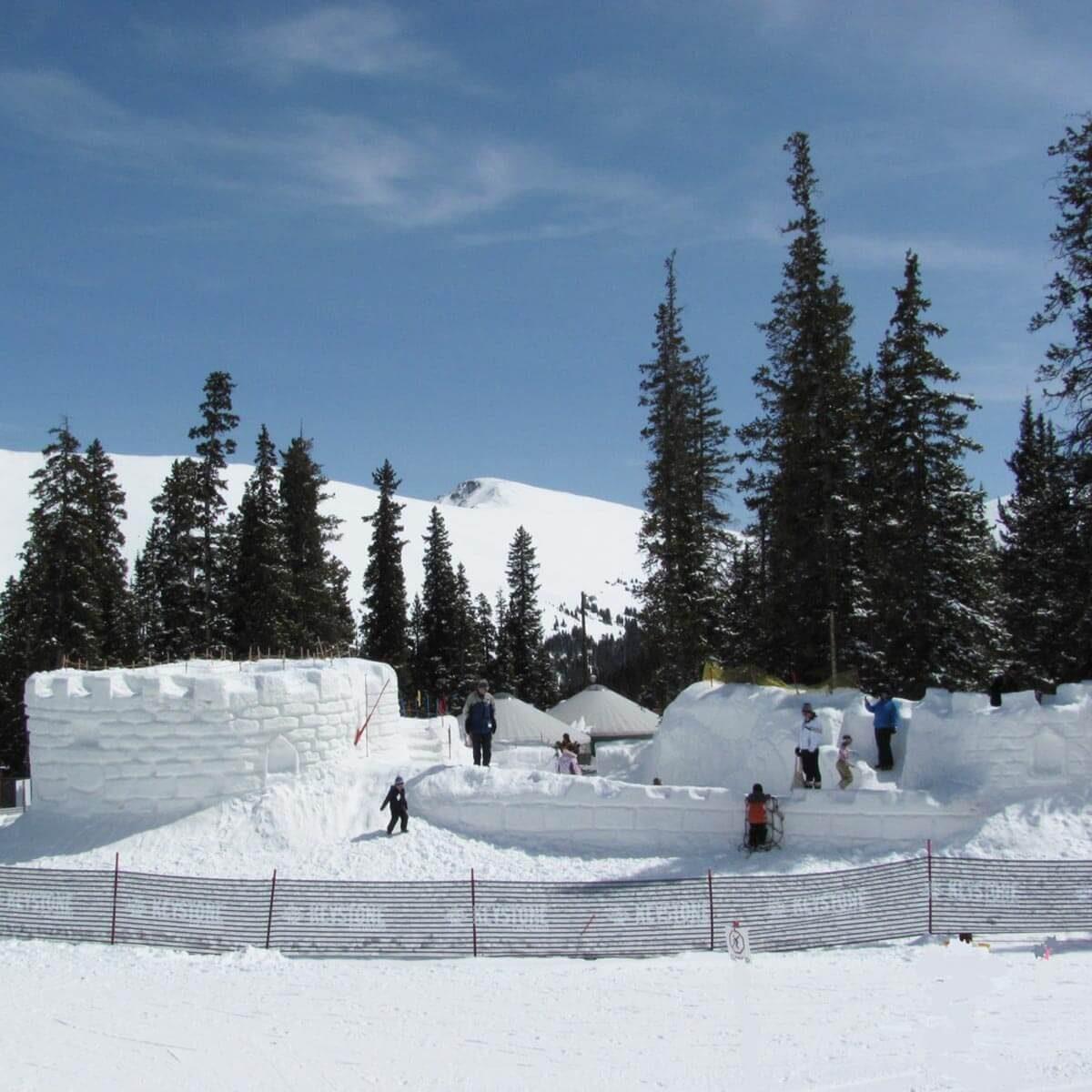 keystone-032410-c-karen-rubin-072e2-kidtopia1 castle snow fort
