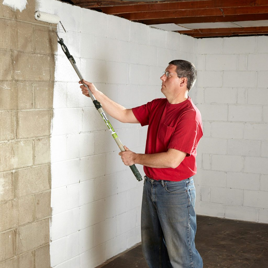 Putting Sealant on the Walls | Construction Pro Tips