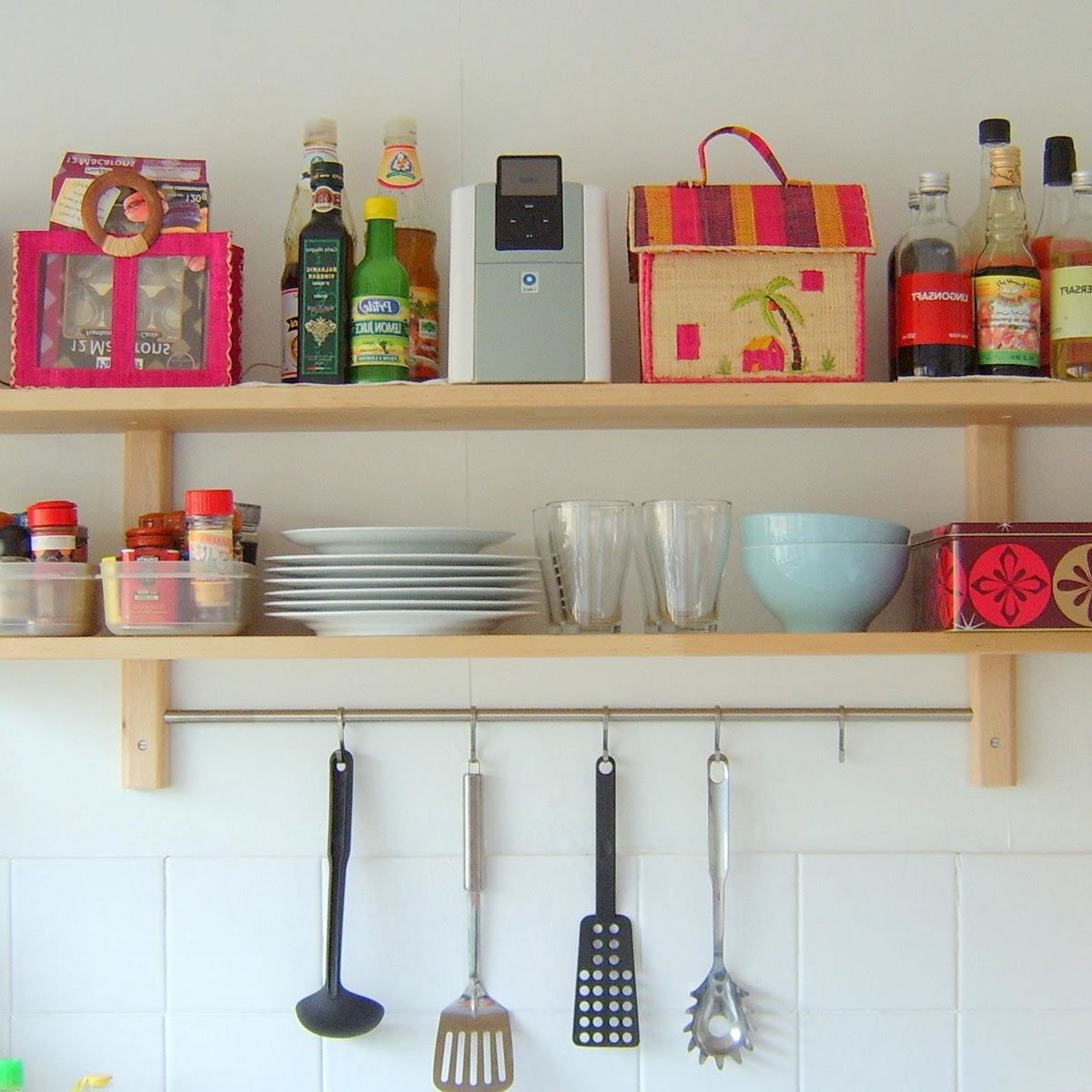 Stupendous 11 Ideas For Organizing Your Kitchen The Family Handyman Download Free Architecture Designs Intelgarnamadebymaigaardcom