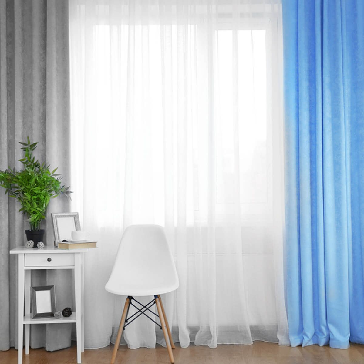 shutterstock_376836547 tips for cleaning curtains