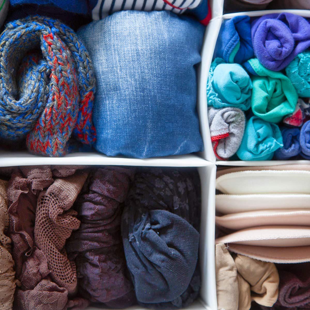 shutterstock_565722643 closet organization storage
