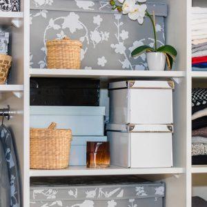 How to make your own built in shelves the family handyman - Family pool rossmann ...