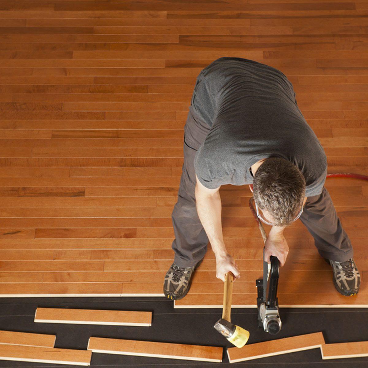 shutterstock_80066764 install hardwood flooring