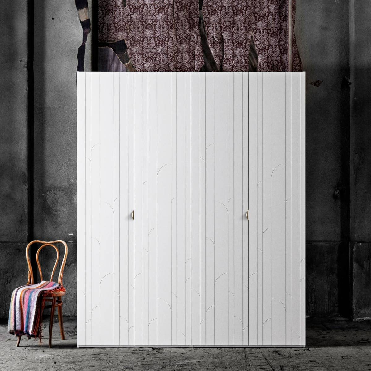 superfront-wardrobes-ikea-pax-cabintets-fronts-pattern-marais-handle-holy-wafer-brass