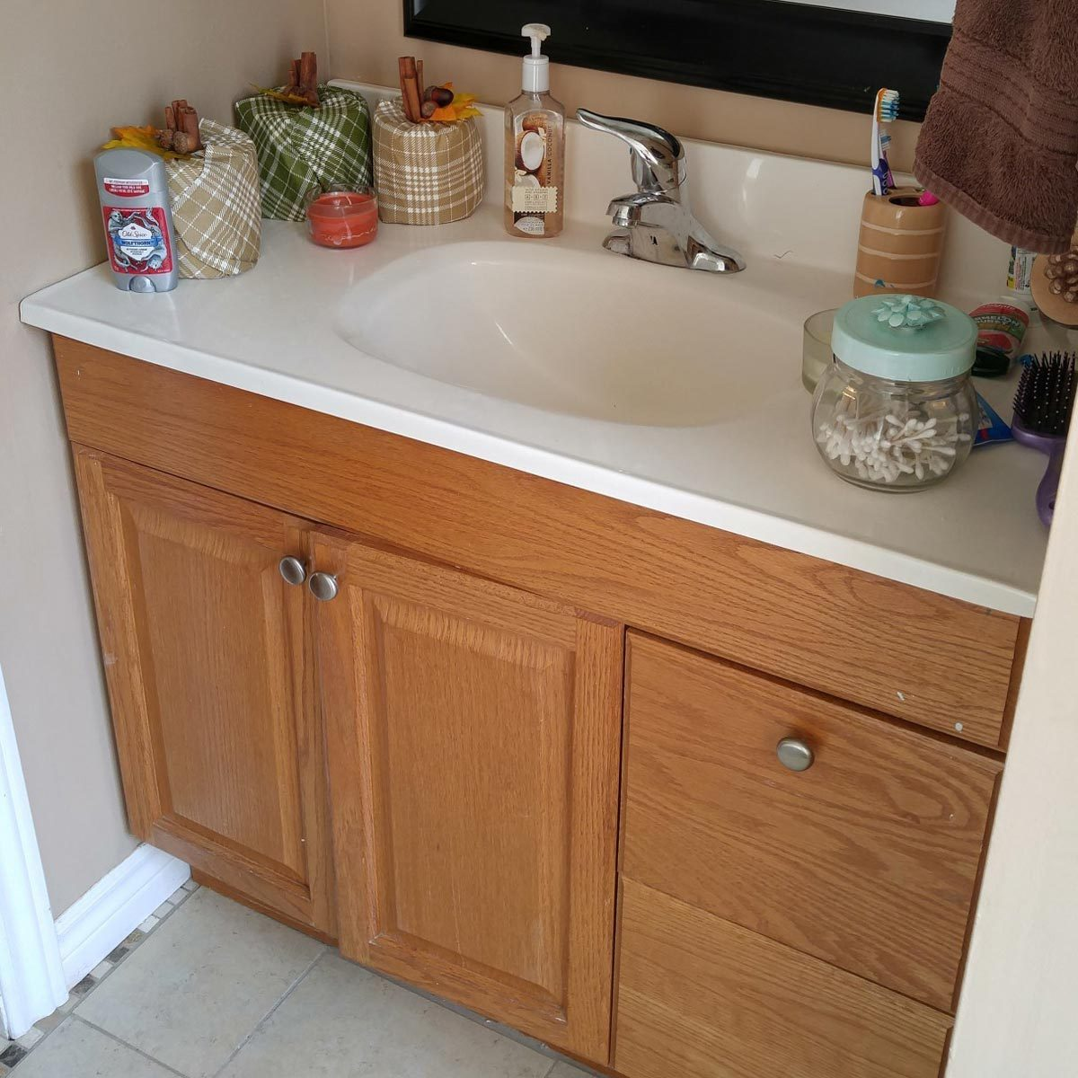 Bathroom Vanity Builder Basic Model