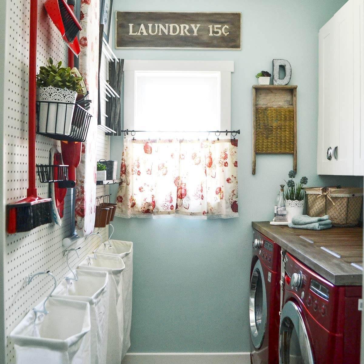DSC_0035 country woman laundry room organization peg board