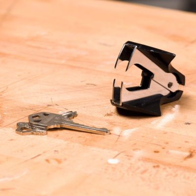 HH staple remover key ring hack
