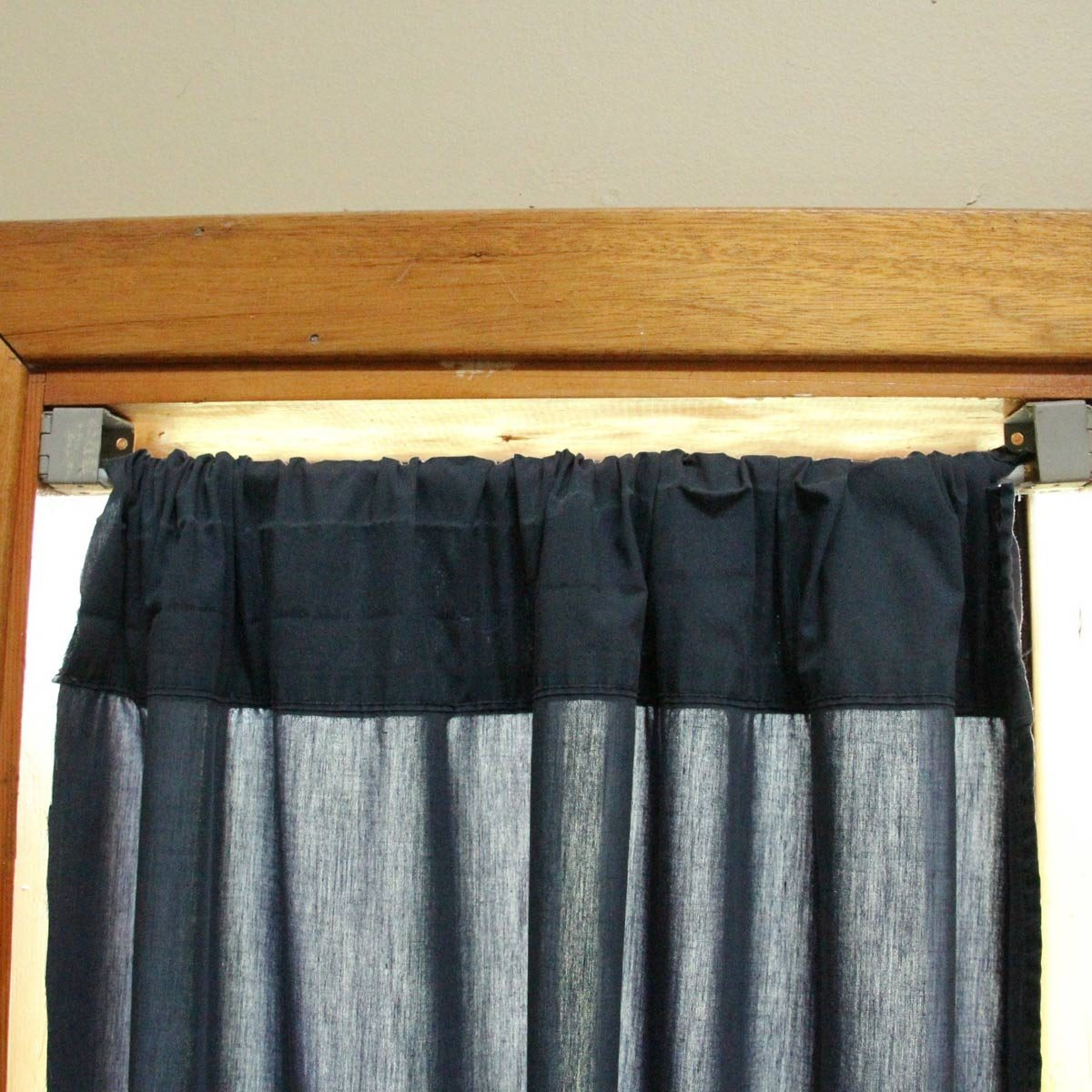 bed-sheet-curtain diy curtain ideas